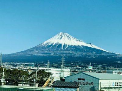 なぜか..やっぱり撮ってしまう富士山